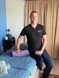 Massage Therapy Hans Sensual Touch