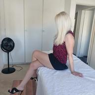 Massage Therapy Blonde Hannah R100 off all Treatments for Monday 22/04